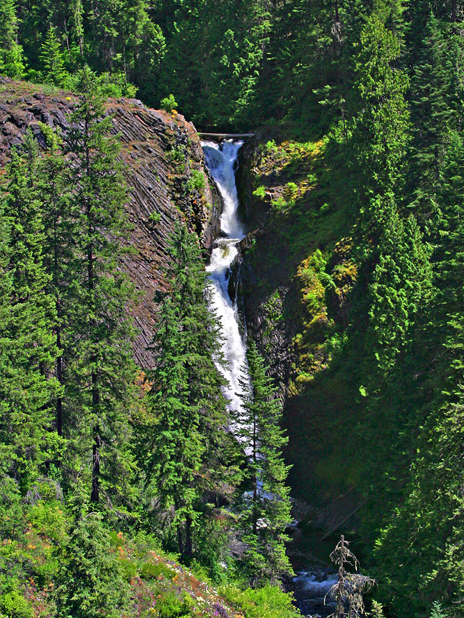 Elk Creek Falls, Middle Falls